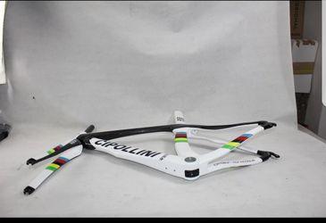 Carbon frame bike Thumbnail