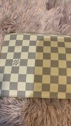 7f5a7beb0e5b8 LOUIS VUITTON Damier Azur Neverfull MM GM Pochette for Sale in Woburn