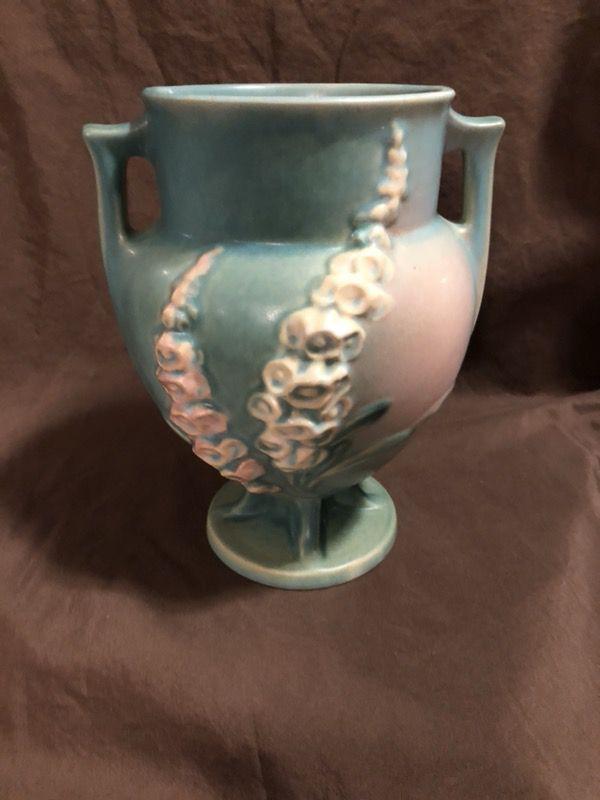 Roseville Vase Foxglove 162 8 Greenpink 8 In For Sale In Hinckley