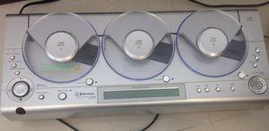 Emerson MS3105 play linear 3 cd w/FM-AM RADIO for Sale in Miami, FL