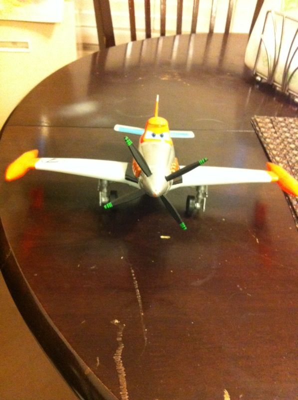 Disney Planes Deluxe Talking Dusty Crophopper Plane w/ spinning ...