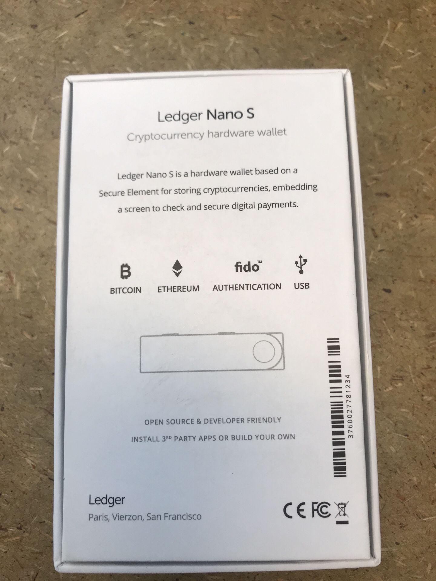 New Ledger Nano S Cryptocurrency Hardware Wallet