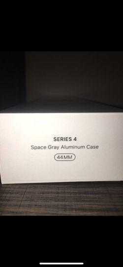 Apple Watch Series 4 44mm Thumbnail