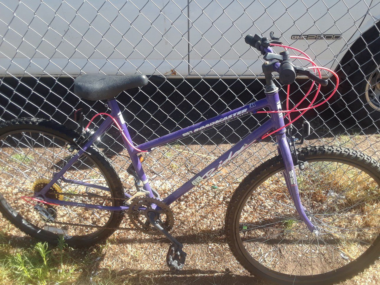 Womens roadmaster mountain bike