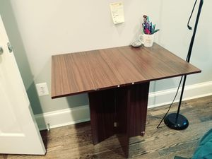 Best foldable desk EVER! for Sale in Washington, DC