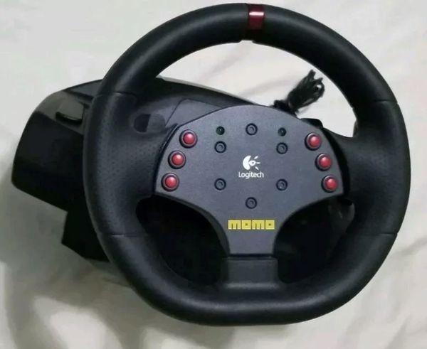 aeef4e1023b Logitech MOMO Racing Force Feedback Steering Wheel USB With Pedals ...