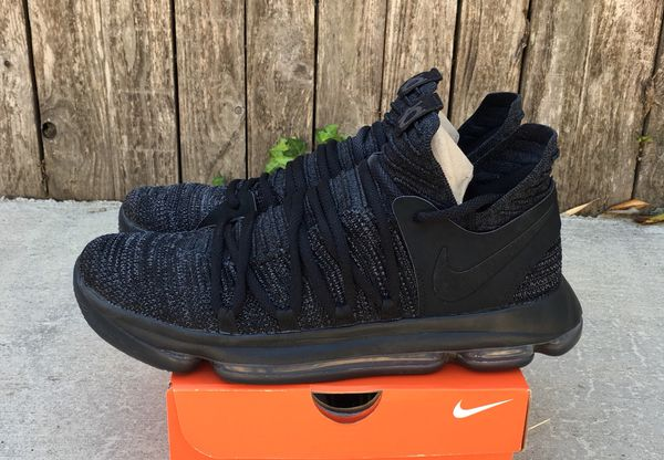 9b3bd0ff8781 Worn a few times Nike KD 10 Triple Black Size 10.5 for Sale in ...