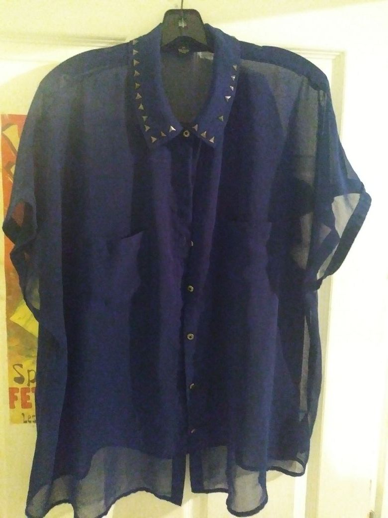 Forever 21 blouse size 3x new never worn