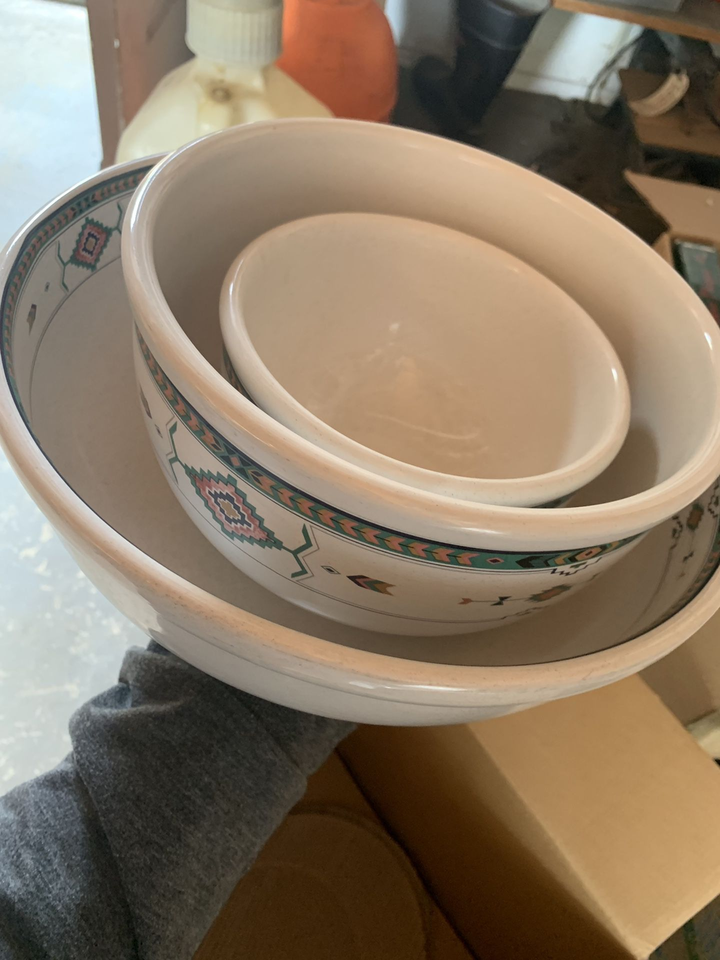 16 piece south western ceramic dish ware and serving sets