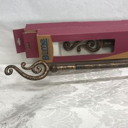 """BRAND NEW PAIR OF GOLD LEAF METAL CURTAIN / DRAPERY RODS WITH SCREW IN SCROLLED FINIALS ON EACH END. 48""""-84"""" SEE DESCRIPTION. Thumbnail"""