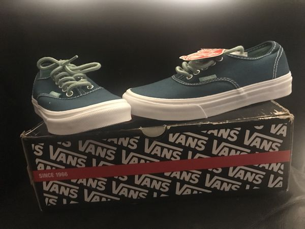Women s Vans Authentic Slim Blue Coral 🌸 (Clothing   Shoes) in Los  Angeles caf65e946c