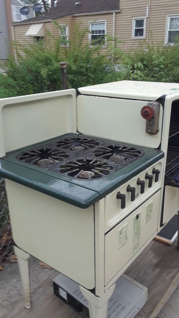 Magic Chef vintage oven 1920s for Sale in Addison, IL - OfferUp