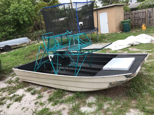 12' Fiberglass airboat for Sale in Fort Lauderdale, FL - OfferUp