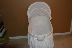 Musical Bassinet for Sale in TN, US