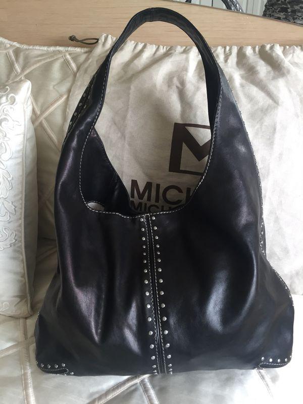 03c3471325ce Black Michael Kors classic saddlebag for Sale in Lake Zurich, IL ...