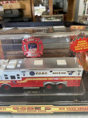 Photo Sauisbury limited edition code 3 heavy rescue truck