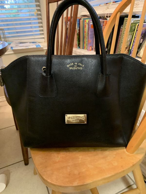 df4b542bc0d Authentic Valentino handbag for Sale in Palmview, TX - OfferUp