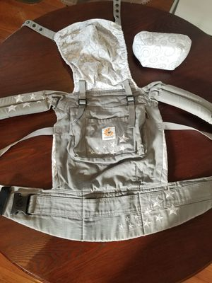 Ergo Baby Carrier for Sale in Temple Hills, MD