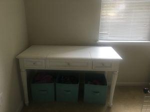 Girls room desk for Sale in Fairfax, VA