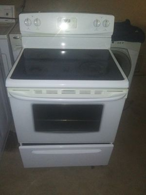 Kenmore electric color white 45 day warranty for Sale in Glendale, AZ