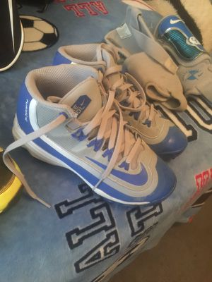Youth baseball cleats for Sale in Apex, NC