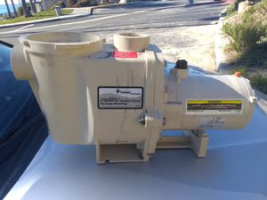 Penair variable speed pool pump needs replacement motor pump and motor housing imtact just needs 250 motor replacement for Sale in San Clemente, CA