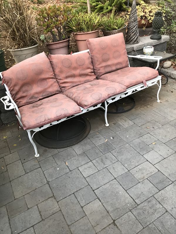 Patio couch and two chairs (Home & Garden) in El Cajon, CA - OfferUp
