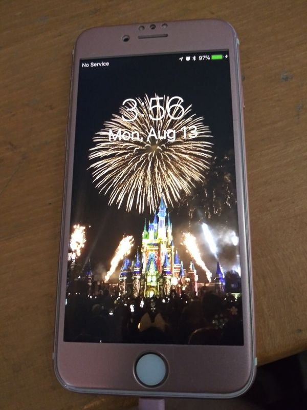 iPhone 7 128 GB Rose Gold AT&T for Sale in Plano, TX - OfferUp