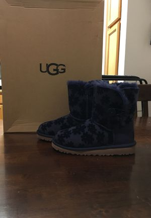new arrival special sales fashion styles Authentic girl Uggs size 2-4 for Sale in Rancho Cucamonga ...