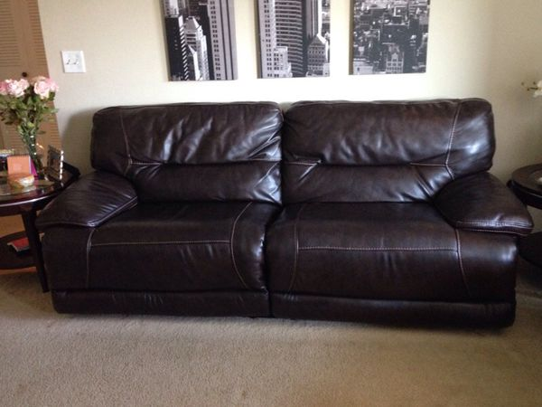 Nina Leather Dual Reclining Sofa From Macy S For In Fort Myers Fl Offerup