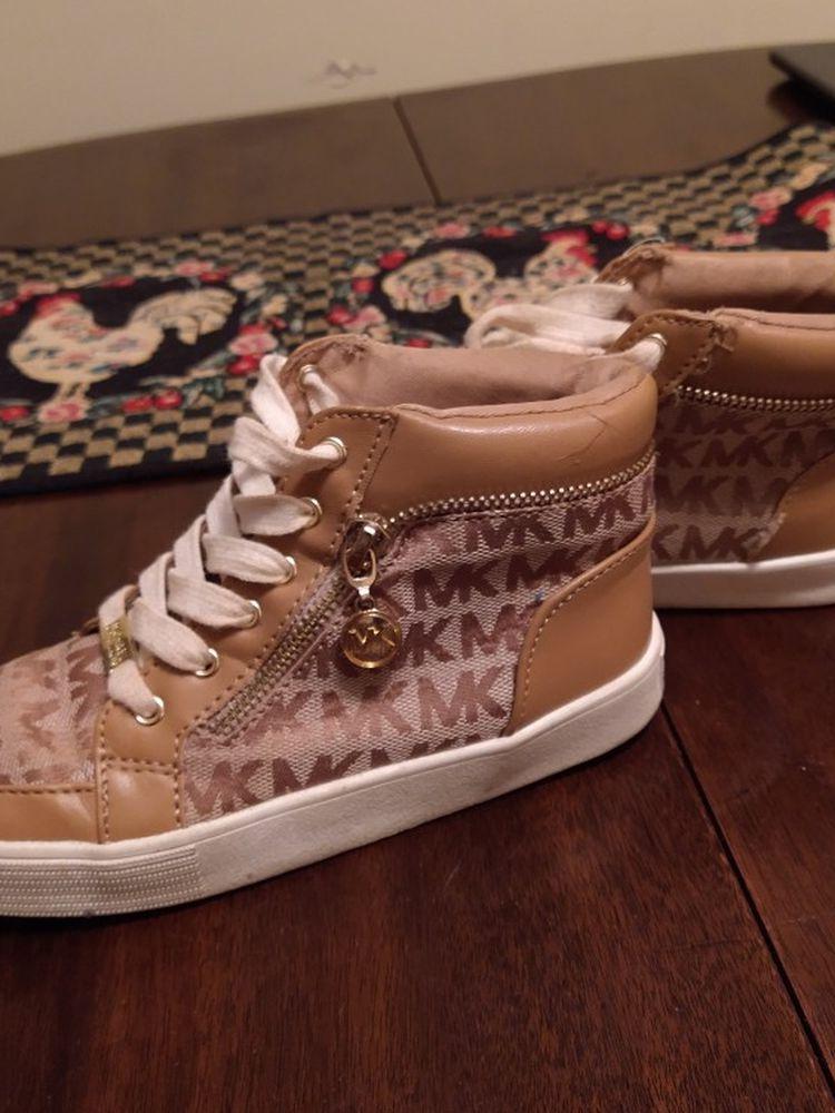 Michael Kors Girl Size 1 Shoes
