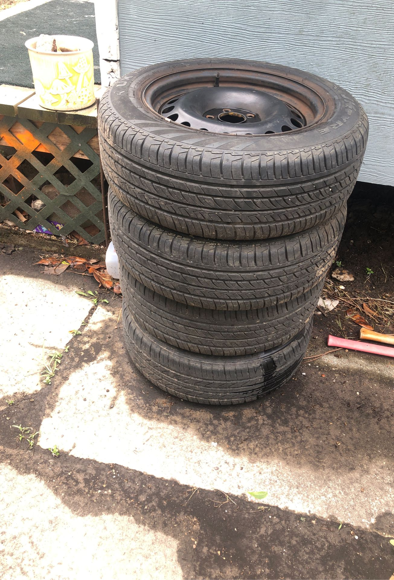 215/60R16 tires