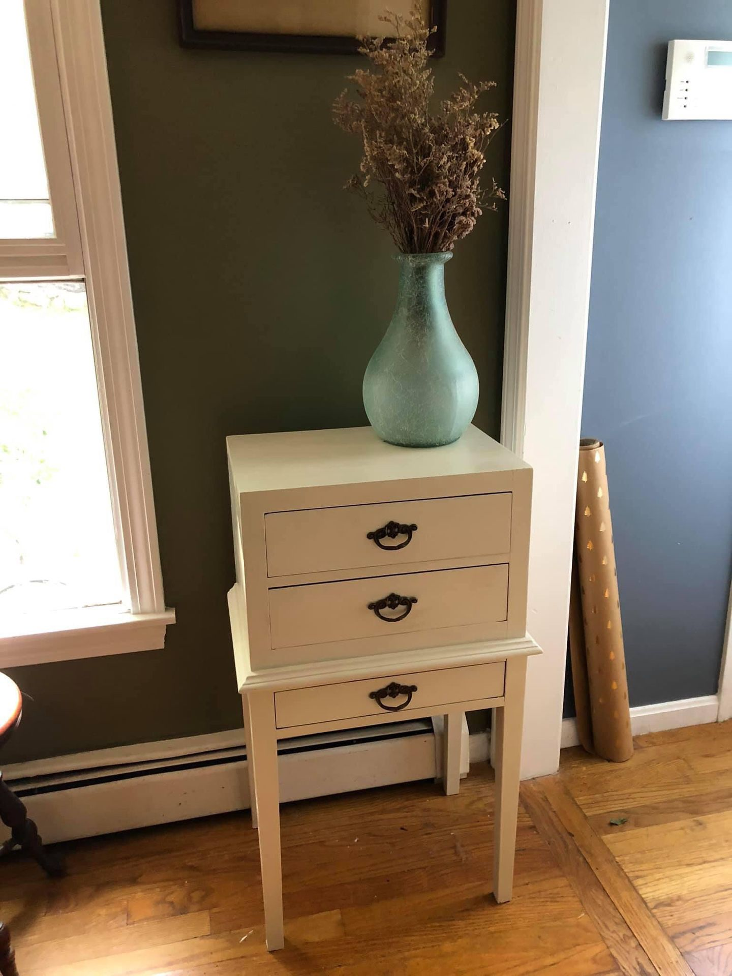 Felt lined jewelry chest