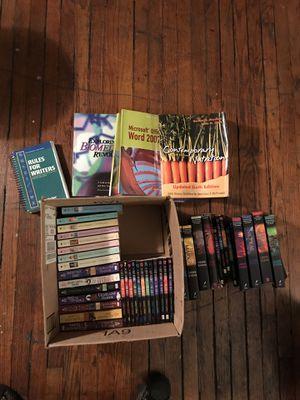 Box of books! Come get them ASAP for Sale in Philadelphia, PA