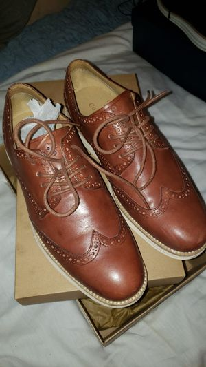 Cole haan lunargrand wingtip oxford size 10 for Sale in Long Beach, CA