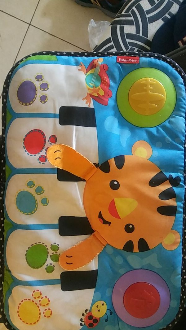 Baby Feet Piano For Crib Son Used 2 Weeks Wasn T A Fan Of It
