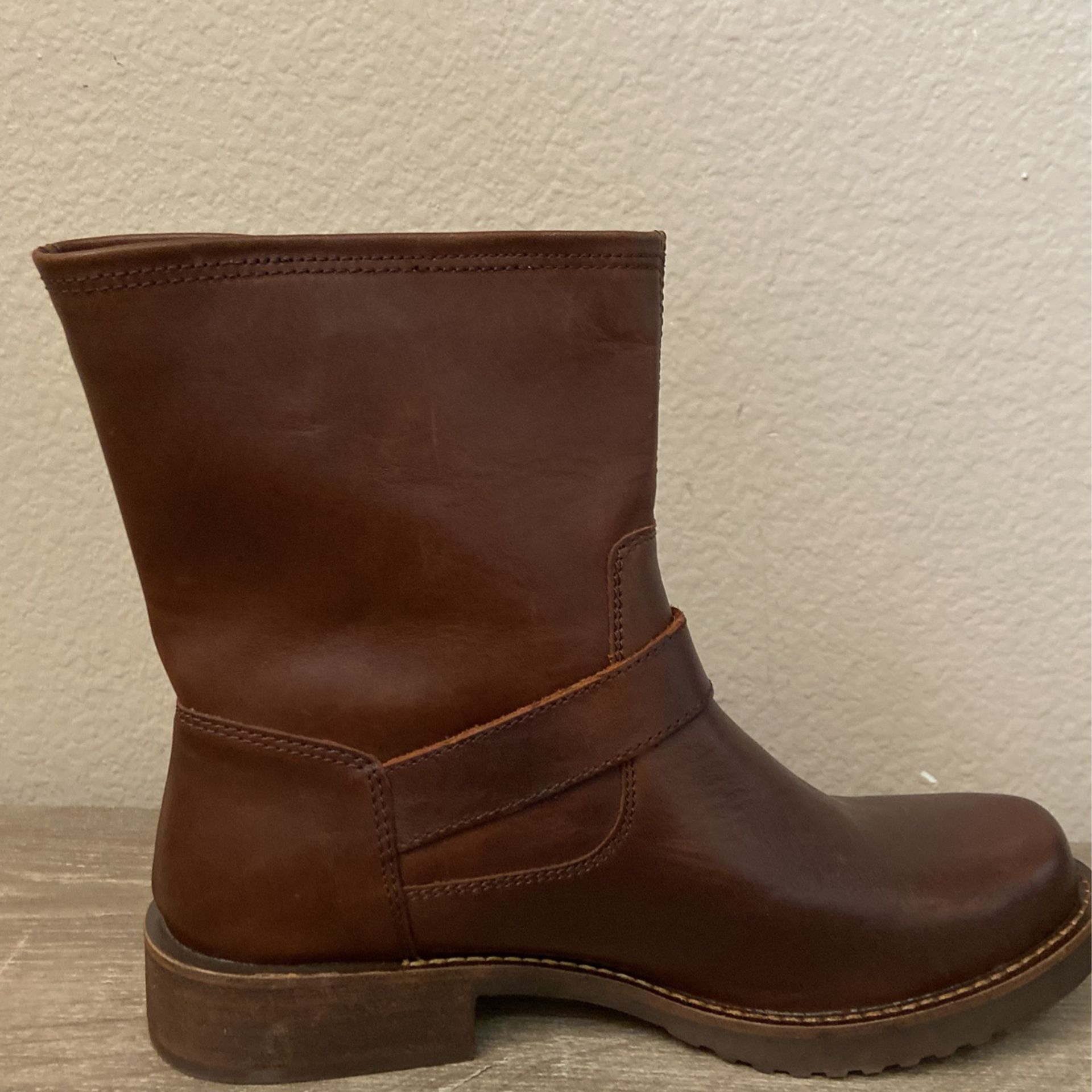 Dingo Women's Casey Leather Bootie New With Tags