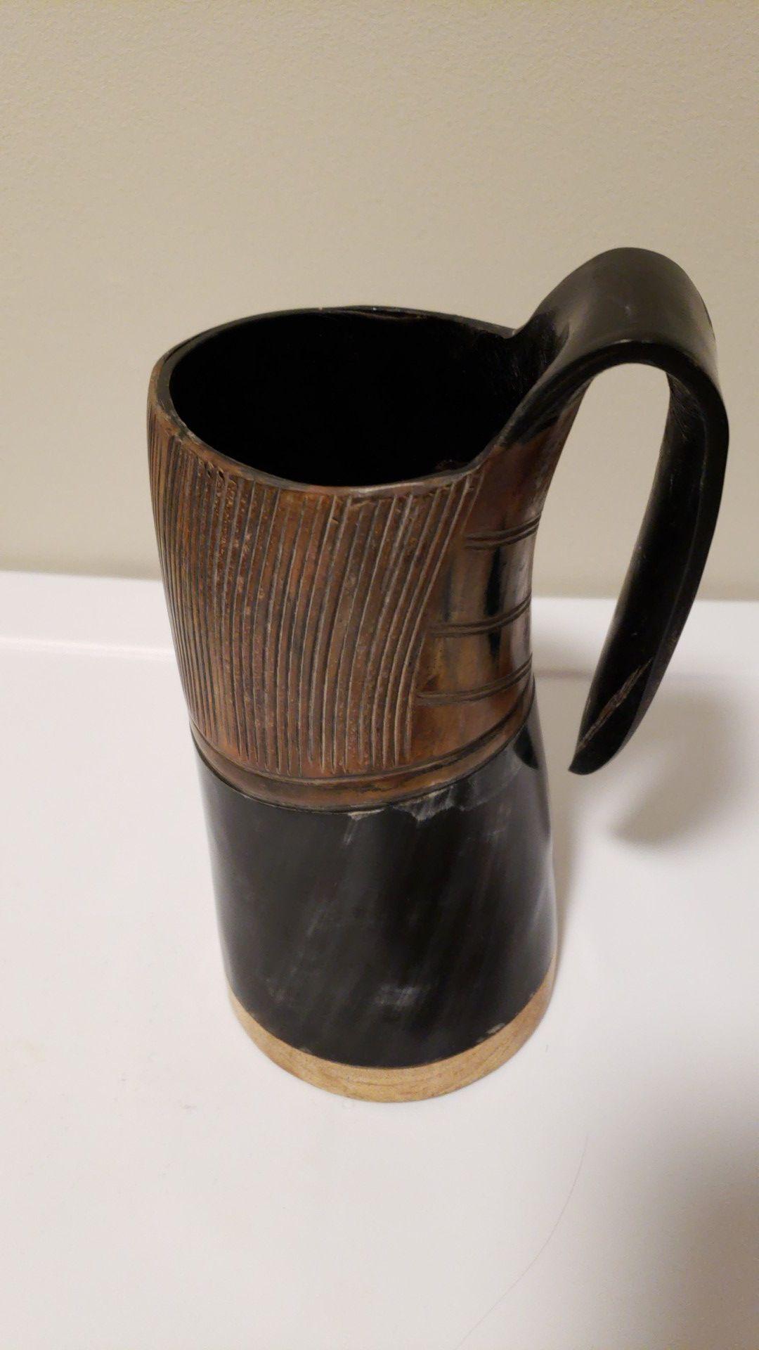 Norse tradesman drinking horn