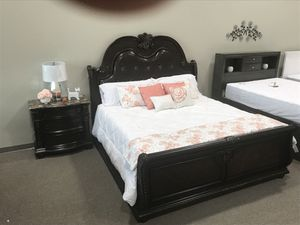 Stanley collection bedroom set for Sale in Provo, UT