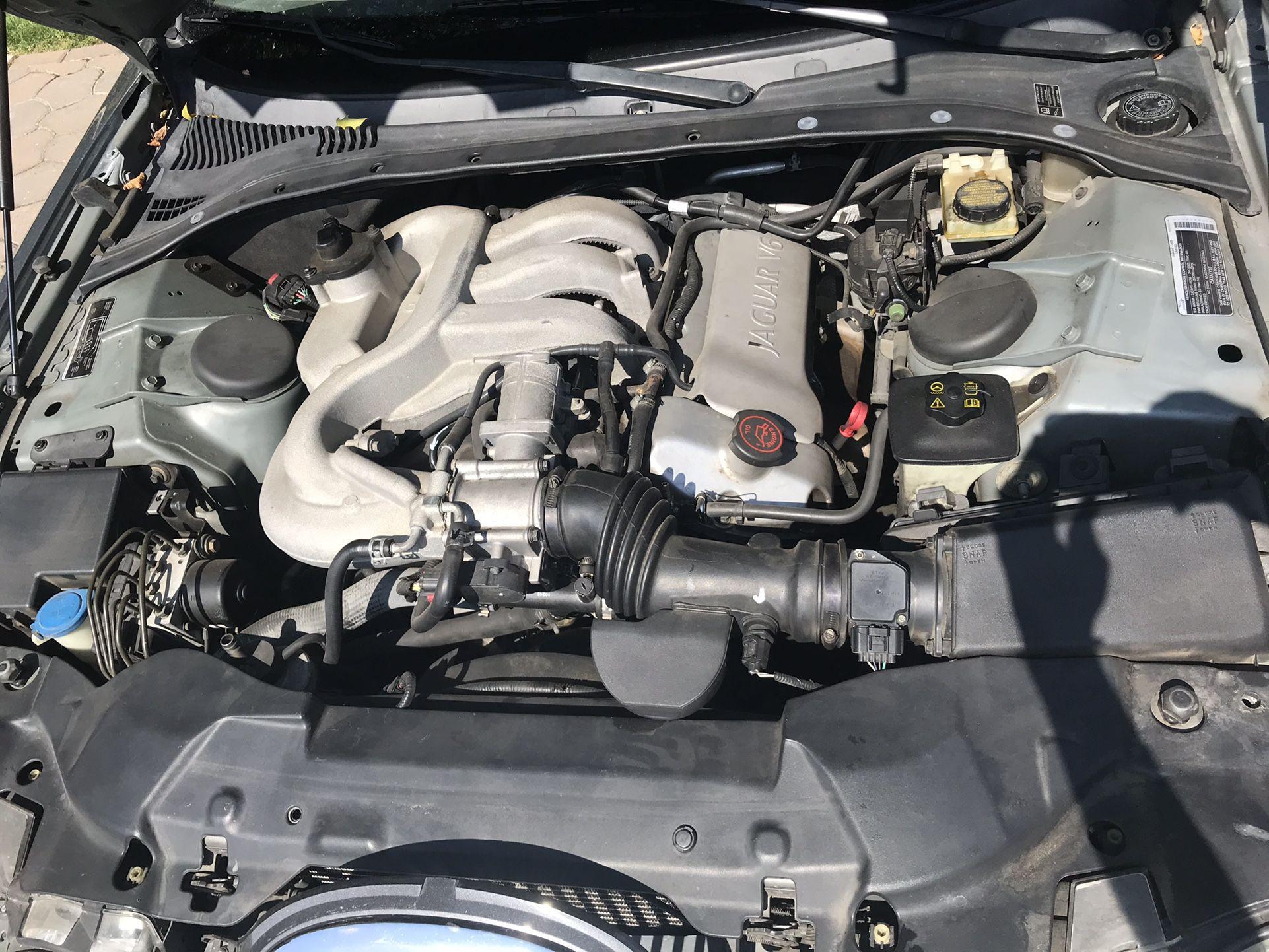 2002 Jaguar S-Type (Parting out)