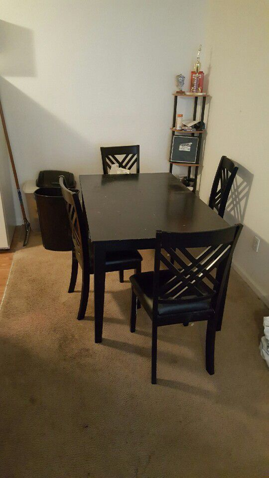 Futon Computer Desk Chair And Dining Table With 4 Chairs Furniture In Raleigh Nc Offerup