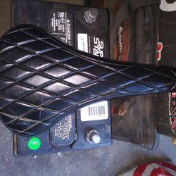 VINTAGE BLACK DIAMOND BMX BIKE SEAT  Thumbnail