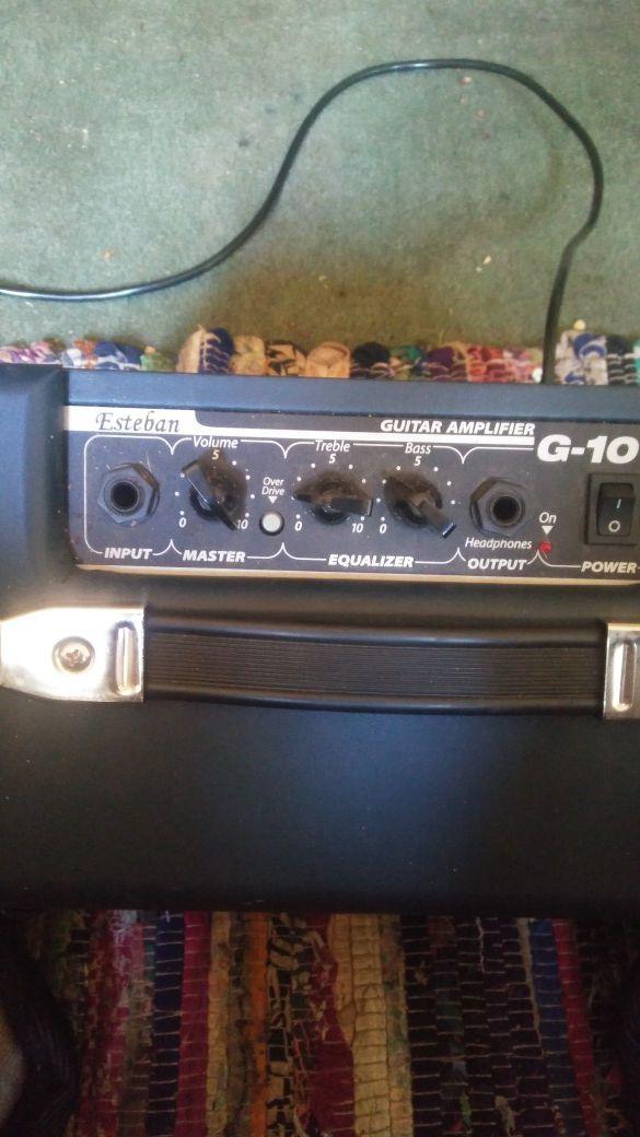 Esteban g 10 guitar amplifier