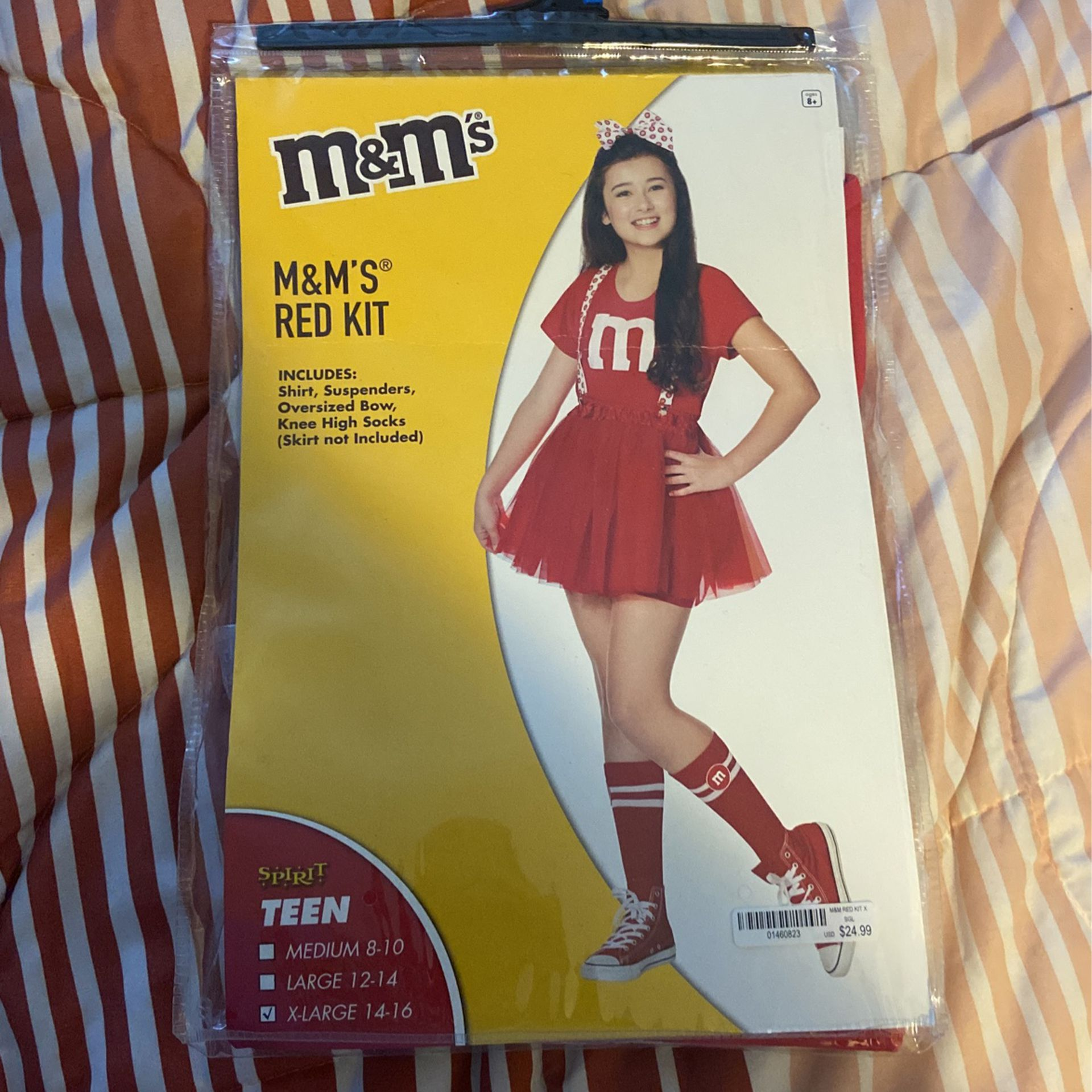 M&M Red Kit For Costume