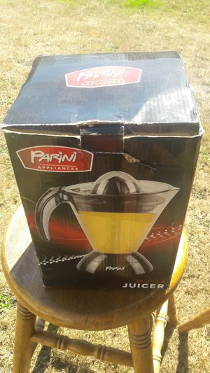 Parini 34 Ounce Juicer for Sale in Buckley, WA