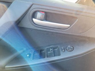 2013 Mazda Mazda3 Thumbnail