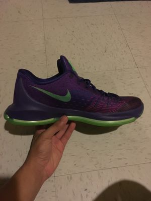NIKE KD 8 MENS purple basket ball shoe for Sale in Germantown, MD