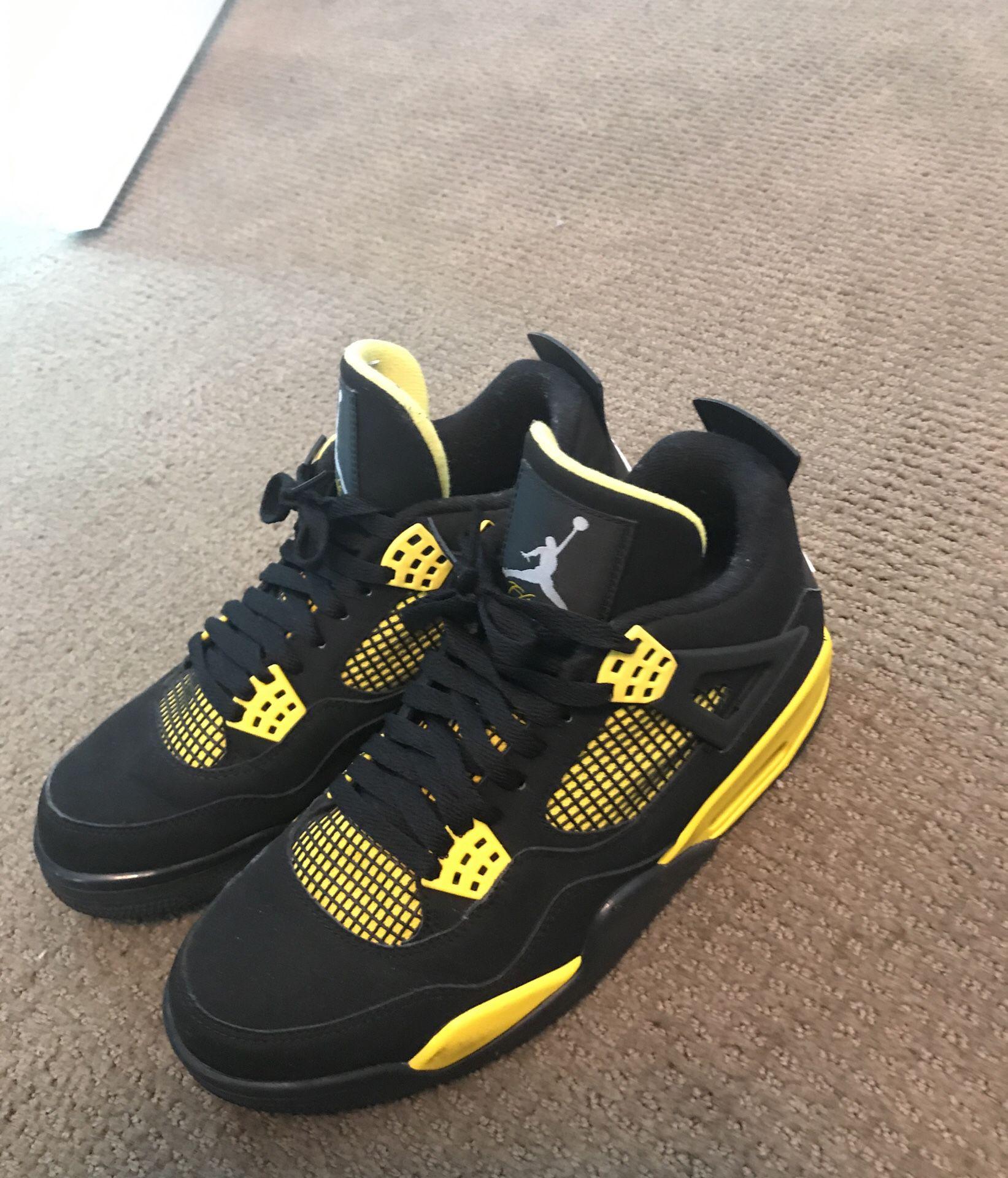 Jordan thunder 4s