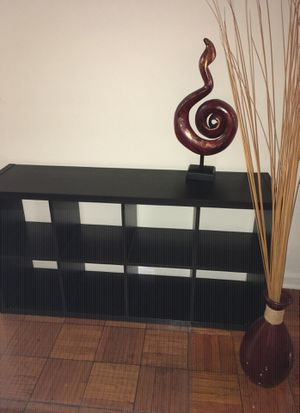 Bookcase & accessories for Sale in Mount Rainier, MD