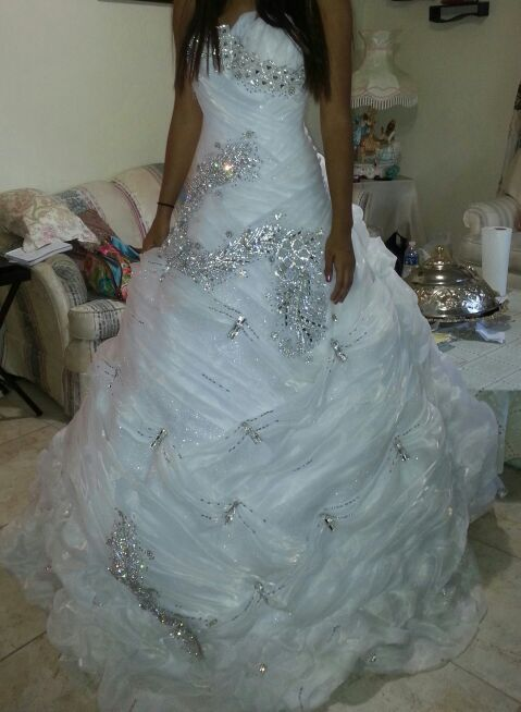 Wedding Dress unique special made size 6/8 with shwarofsky stones ...